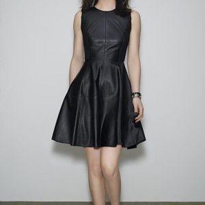 Halogen 100% Leather Dress Size 6P